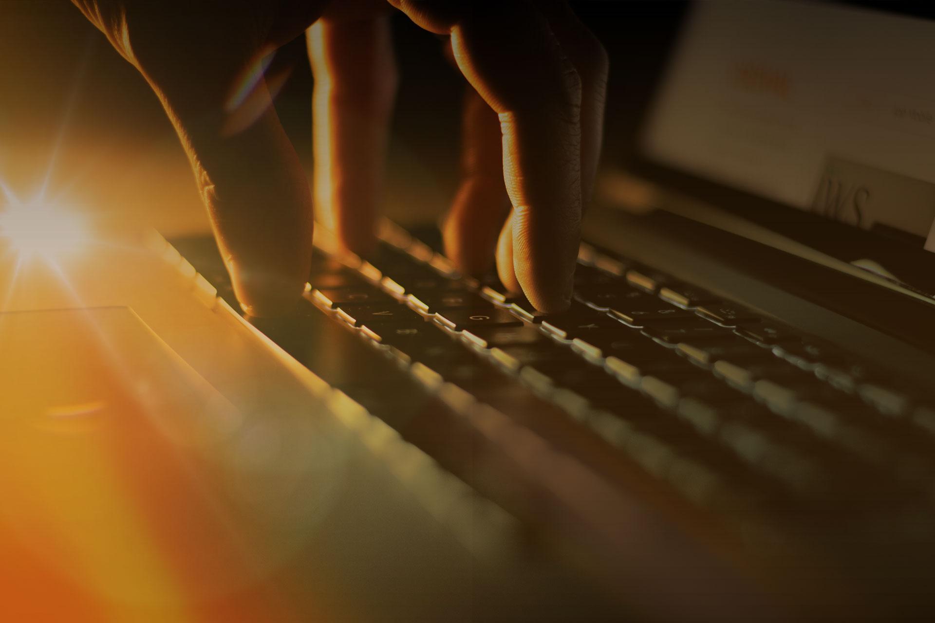 tastiera mano